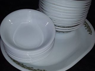 Corelle Spring Blossom Green by Corning 23 Bowls and 1 Platter