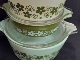 Corelle Spring Blossom Green by Corning 3 Different Sizesd Dishes with lids
