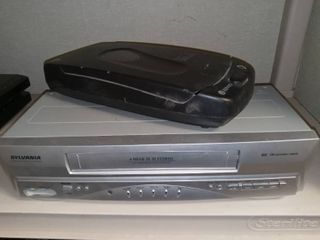 Sylvania VCR with Kinyo VHS Rewinder