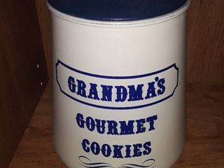 Grandmas Gourmet Cookie Jar  Has a small chip out of top