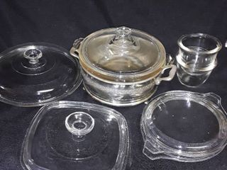 lot of Miscellaneous Pyrex Glass  2 small bowls a serving dish and 4 random lids