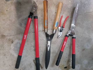 Ames and Bond Shears with Bond Snips