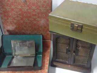 lot of Boxes 3 Metal and the other 2 are Jewelry Boxes