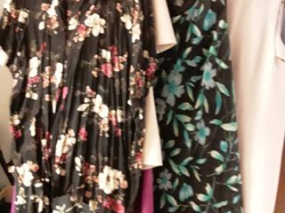 ladies Dresses and or 2 pcs  Shirt and Skirt   Sizes 24   20 and size 3Xl