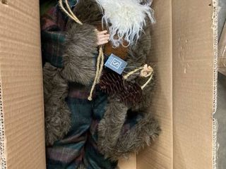 Santa w Pinecone Figurine N A