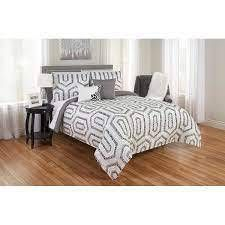 leopard Maze Print Reversible Comforter Set   Queen