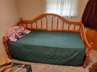 Twin Size Daybed with Mattress and Bedding   Will Have to be Disassembled for Removal