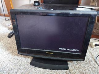 Sylvania TV with Built in DVD Player