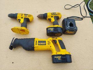 18V Dewalt Cordless Tool Set   2 Drills  Reciprocating Saw  2 Batteries and Charger