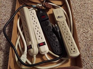 4 Powerstrips and Extension Cord