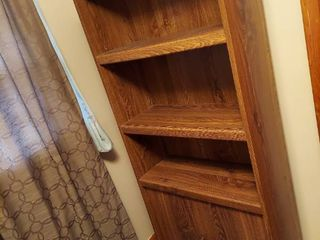 Bookshelf with 2 Doors