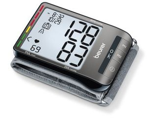 Beurer Wrist Blood Pressure Monitor  Fully Automatic with Accurate Readings  lCD Display
