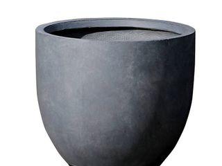 Round Stone Finish Planter  Retail 89 99