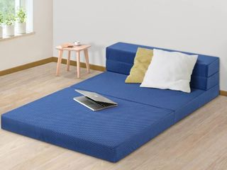 Sleeplanner 4 inch Tri Fold Memory Foam Topper  Retail 117 99
