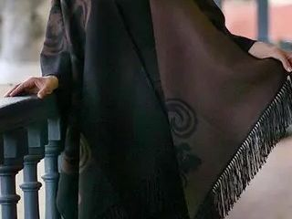 Handmade Mocha Blossom Brown Black Floral Artisan Women s Mantle Shawl Alpaca Wool Reversible Ruana Cloak  Peru    49  x 31 5  Retail 129 99