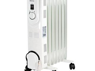 Comfort ZoneAr Oil Filled Radiator Heater CZ7007J  Retails 47 97