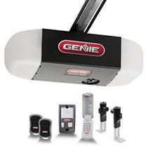 Genie GEN1035V Chain Drive 550 1 2 HPc Garage Door Opener   RETAIlS 162 31