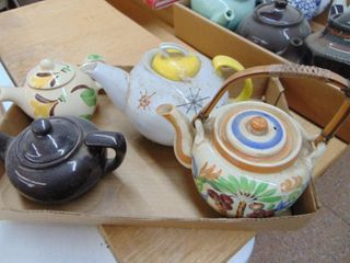 Teapot lot