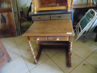 Single Drawer Table   Small Desk