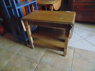 Drop leaf End Table   Sewing Table IJ