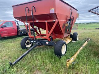 FARM EQUIPMENT ESTATE SALE - STRAUB