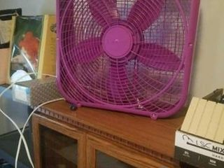 lASKO 20  PURPlE BOX FAN