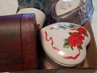 DECORATIVE HEART ITEMS AND MISC