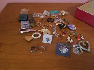 lARGE VARIETY OF PINS AND 2 RINGS