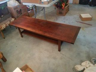 59  X 19  X 15  COFFEE TABlE