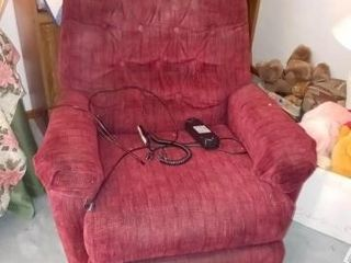 BURGUNDY lIFT CHAIR  VERY USED BUT WORKS