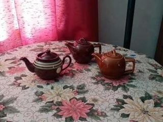 3 CERAMIC TEA POTS