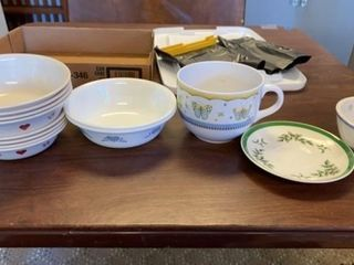 SET OF 8 AND 2 COREllE BOWlSAND MISC AND