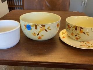 2 HAll BOWlS AND PlATE AND AND WHITE MIXING BOWl
