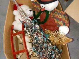 BOX OF CHRISTMAS DECOR ITEMS AND PlUSH DECOR