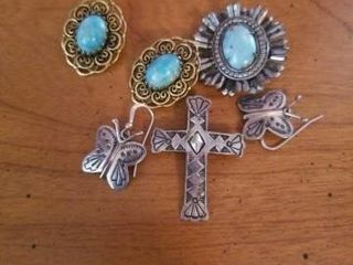 TURQUOISE EARRINGS  PIN  AND EARRINGS AND A