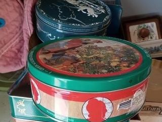 BOX OF MISC TINS APPROX 12