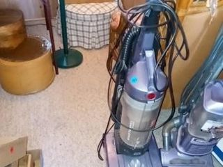 WINDTUNNEl UPRIGHT VACUUM