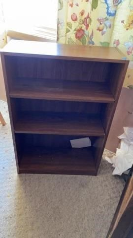 BOOKCASE 3 BY 2 FT