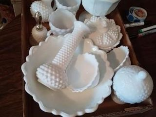 BOX OF MIlK GlASS