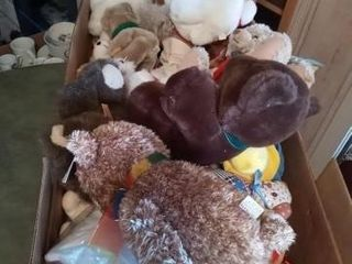 lARGE BOX OF TEDDY BEARS