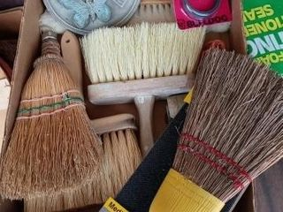 BOX OF BROOMS AND BRUSHES WIRE AND A SUN DIAl