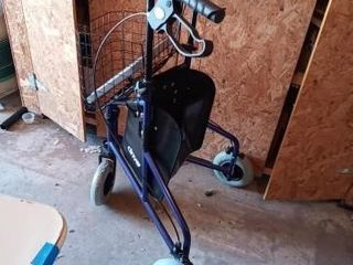 3 WHEEl STEEl ROllATOR BY DRIVE