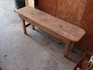 HANDMADE SHElF 34 INCES lONG HOMEMADE BENCH 42