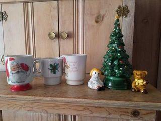 AVON 9  TAll MERRY CHRISTMAS TREE HOSTESS SET