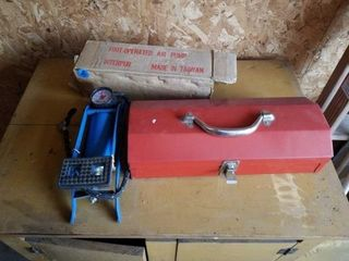 FOOT OPERATED AIR PUMP  TOOl CHEST WITH SCREWS