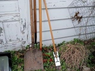 ONE RAKE ONE PICK ONE FlAT AHOVEl AND WEED PUllER