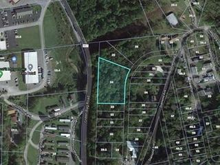 1+ Acre Building Lot on Green Bag Road