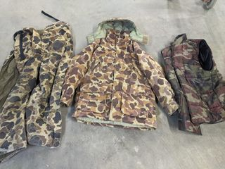 Misc Hunting Clothes   vests   shirts