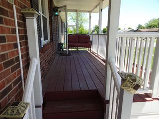 BRICK HOME with 3 BEDROOMS / 2 BATHS - Online Bidding Only Ends TUE, JUNE 15 @ 4:00 PM EDT