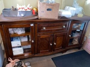 Italian Restaurant Liquidation. Items include: Kitchen Appliances, Dining Tables, Booths, Shelving, Decor and more!